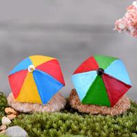 adornos de paraguas al por mayor-Moss Micro Landscape Beach Paraguas DIY Mini Montar Ornamento Juguetes Miniaturas Lindas Decoraciones Artificiales Del Jardín 1 4cj Ww