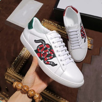 Wholesale Hard Cock - New White Leather Flats sneakers Classic Casual Shoes tiger bee Flower Embroidered Cock Love sneaker 38-45