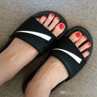 Wholesale ladies black leather booties - 2018 Black Rubber Slide Fashion Sandal Slippers Green Red White Stripe Fashion Design Men Women with Classic Ladies Summer Flip Flops