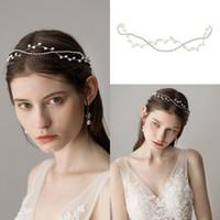 braut trägt krone großhandel-Romantische Fee Silber Perlen Braut Kopfschmuck für formale Anlässe Frauen Party Zubehör Haarbänder Braut Kronen tragen