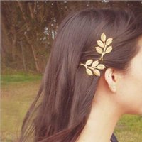 Wholesale elegant hair flowers - Lovely European Fashion Vintage hairpin Woman's golden Alloy Flower Leaf Hair Clip elegant hair accessories for girl party wedding
