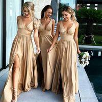 kleid reich magd großhandel-2019 Sexy Long Gold Brautjungfer Kleider Deep Neck Empire Split Side elastische Seide wie Satin Beach Boho Trauzeugin Brautjungfern Kleider