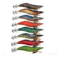 señuelos de pesca 11g al por mayor-Gran venta 8pcs nuevos señuelos de pesca de camarón Jigs de calamar Camarón de madera artificial señuelos de calamar de tela noctilucentes para pulpo 10cm 11g anzuelos