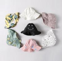 erkek çocuk şapkaları toptan satış-11 renkler yeni varış bebek çocuklar katı renkler Gülümseme Yüz Nokta tasarım Düz saçaklardan balıkçı'nın şapka oğlan kız küçük çocuklar yaz
