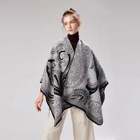 4d88d91f43a298 poncho-stil kleider großhandel-Des Poncho-Damenschals-Markenfrauen-Kleides  der Winterponchos