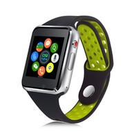 reloj gsm gprs al por mayor-M3 Smartwatch Bluetooth TF Tarjeta SIM 2G GSM / GPRS Red SMS Álbum Cámara remota Push Message Sync Pantalla táctil Reloj inteligente mano