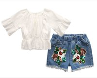 beyaz denim şort çocukları toptan satış-2018 kızlar yaz Denim takım elbise kızlar Off-omuz beyaz T Shirt tops + kızlar çiçek Denim şort takım seti çocuk Giyim Setleri