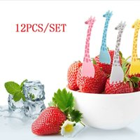 12pcs / set Girafa Shape Fruit Fork Set Cartoon Animal Salada Forks Cake Fruit Picks Talheres Party Forks Set Louça LZ0832