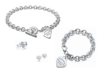 ingrosso scatole di celebrità-Alta qualità Celebrity design Lettera 925 Anello in argento Bracciale Orecchini collana Argenteria Metallo a forma di cuore gioielli Set 3pz con scatola