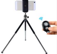 samsung için tripod toptan satış-2018 sıcak metal mini tripod ile cep telefonu tutucu Bluetooth uzaktan kumanda için Iphone darı Samsung Android Gopro için cep telefonu tripod