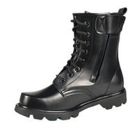 botas de encaje negro hasta los hombres al por mayor-Gran tamaño 36-46 Primavera Hombres Botas militares Zapatos de cuero genuino con punta de acero Cordones negros Botas de trabajo impermeables Hombres Plataforma Motocicleta