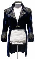 ingrosso vestito blu di halloween-Jareth il Re dei Goblin Blu Navy Velluto Costume di Halloween Per gli uomini Strass Party Suit Giacche Appliques Tailcoats Blazer