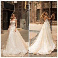 Wholesale sexy vogue wedding dress - Vogue Capped Sleeveless A-Line Wedding Dresses 2018 Sheer Illusion Bodices Lace Appliqued Beaded Garden Bridal Gowns Vintage Wedding Wear