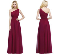 Wholesale stocked one shoulder bridesmaid dresses - 2018 New Elegant One Shoulder Chiffon Bridesmaid Dresses Cheap Ruffle Long Formal Maid of Honor Gowns Burgundy In Stock cps878