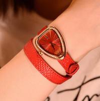 ingrosso braccialetto di cuoio della cinghia di cuoio delle donne-Calde donne Serpenti guardare famoso cinturino in pelle braccialetto di serpente diamante lunetta vestito orologi al quarzo per le signore orologi da polso