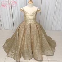 resim cüppe kızı toptan satış-Gerçek Resim Küçük Çiçek Kız Elbise Altın Sequins Gliter Tutturulmuş Balo Kat Uzunluk Küçük Kızlar Parti Elbiseler Abiye