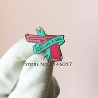 broches de armas al por mayor-Hot Hard Enamel Feminist Female Brooch Fight Como Una Chica Power Solapel Pin Pink Gun Ribbon Feminismo Mujeres Derechos Pins Insignia