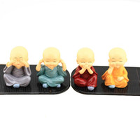 ingrosso figurine cinesi-Figurine in miniatura Resin Chinese Little Monk Craft 4 colori Mini Garden Accessori Decorazione della casa auto Anime Figurine Toy