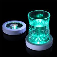 hafif paspaslar toptan satış-LED Kupası Coaster Mat Renkli Değişen LED Işık İçecek Cam Şişe Fincan Mat Tatil Parti Bar Kulüpleri için
