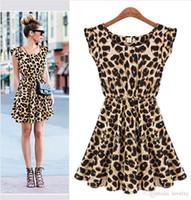 discoteca mini saias venda por atacado-A nova casa noturna explosiva sexy vestido do leopardo Europa e nos Estados Unidos sem mangas rodada saia pescoço postal S1