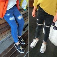 ingrosso bambini strappati di jeans-2018 New Autunno Jeans Ragazze bambini cotone Skinny bambini pantaloni ragazza nero / blu jeans strappati per 2-8 anni Fashion Kids Jeans