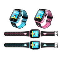 ingrosso i migliori prezzi delle telecamere-New Hot IP67 impermeabile V6G Smart Watch GPS Tracker Monitor SOS chiamata con illuminazione della telecamera Baby nuoto Smartwatch per bambini Bambino Miglior Prezzo