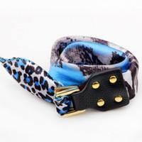 ingrosso sciarpa di stampa del leopardo blu-BRACCIALE SCIARPA DI SETA Mediterraneo Sexy stampa leopardo Sea Blue Bracciali poliestere Lady Bangle REAL LEATHER gioielli moda creativa da polso