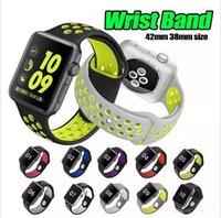 ingrosso orologio da polso di gomma di modo-Moda 42mm 38mm 40mm 44mm Rubber Silicone più Hole Loop Wrist Band per Apple Watch Strap Sports Bracelet per apple iwatch Series 1 2 3 4