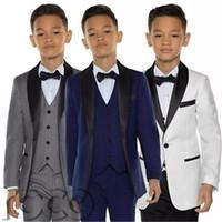 erkek ceketleri toptan satış-Şık Custom Made Boy Smokin Şal Yaka Bir Düğme Çocuk Giyim Düğün Parti Çocuklar Için Suit Boy Set (Ceket + Pantolon + Yay + Yelek)