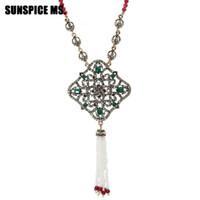 старинная длинная цепь оптовых-Bohemia Hollow Flower  Tassel Pendant Necklace For Women Antique Gold Color Long Natural Stone Chain Wedding Banquet Bijoux