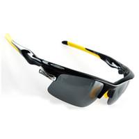 ingrosso occhiali da bicicletta gialli-2017 Nuovo Arriva Polarizzato Sport All'aria Aperta Occhiali Da Sole Uomo Donna Occhiali Tattici Bicicletta Bicicletta Occhiali Ciclismo Occhiali Nero Giallo
