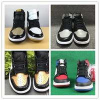 ingrosso scarpe uomo nero oro-All'ingrosso nuovo 1 alto og oro nero rosso bianco uomini scarpe da basket donne sport outdoor moda scarpe da ginnastica sneakers con formato 36-47