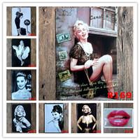 sticker mural hepburn achat en gros de-Marilyn Monroe Audrey Hepburn célèbre étoile Vintage Artisanat Enseigne De Étain Rétro Peinture En Métal Affiche Bar Pub Signes Mur Art Autocollant