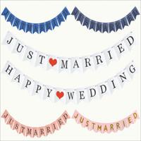sadece evli vintage afiş toptan satış-Vintage SADECE MARRIED Banner Düğün Süslemeleri Bunting Çelenk El Yapımı Photo Booth Dikmeler Olay Parti Malzemeleri