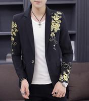 étapes élégantes de mariage achat en gros de-Blazer noir or fleur de fête d'impression de mariage en or élégant Blazers pour hommes Costumes de scène pour chanteurs Slim Fit Blazer