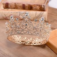 altın düğün taç tiaraları toptan satış-2019 Lüks Kristalleri Düğün Taç Gümüş Altın Yapay elmas Prenses Kraliçe Gelin Tiara Taç Saç Aksesuarları Ucuz Kaliteli