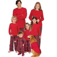 conjuntos de pijamas de navidad familiar al por mayor-Navidad Madre e Hija Ropa Familia A Juego Algodón Pijamas Vestido Niños niñas Conjuntos mujeres visten damas hombres Ropa para el hogar QZZW104