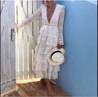 v-ausschnitt spitze kleid weiß großhandel-2019 neu kommen hochwertige Luxus Start-und Landebahn weißen Spitzenkleid Frauen Langarm Sexy V-Ausschnitt Partykleid vestidos