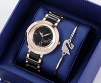 Wholesale swarovski new - 2018 HOT Women Gold Watch Swarovski crystal dial Steel Ladies Chain wristwatch Luxury High Quality leisure designer Quartz clock watches GC