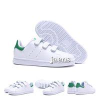 zapatos verdes negros de interior al por mayor-Eur22-35 Zapato infantil para niños Niños niñas niños Kawakubo interior exterior niño niña verde rosa blanco negro stan smith samba casual Zapatos