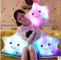 yumuşak oyuncak parıltı toptan satış-35 CM Yaratıcı Oyuncak Aydınlık Yastık Yumuşak Dolması Peluş Parlayan Renkli Yıldız Yastık Led Işık Oyuncaklar Hediye Çocuklar Çocuklar Için kızlar
