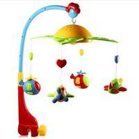 móviles musicales para cunas al por mayor-Proyector de estrellas Cuna musical Cama móvil Bell Sonajero bebé Soporte giratorio Proyectando juguetes por 0-12 meses Niños recién nacidos Christenin