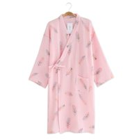 ingrosso giapponesi accappatoi donne-Sexy kimono giapponese di piume vestite da donna 100% cotone crêpe rosa manica lunga camicia da notte semplice kimono SPA accappatoi sottili estivi