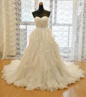 бисерный ремень для свадебного платья оптовых-новые свадебные платья из органзы бисероплетение милая часовня поезд свадебное платье свадебное платье с белыми свадебными платьями с рюшами