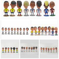 muñecas deportivas al por mayor-Sport 2018 Copa Mundial de Rusia Regalo de Alta Calidad Recuerdos Muñecas Estrella de Fútbol Mini Figura Muñeca modelo KKA4814