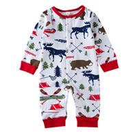 ropa de bebé de navidad osos al por mayor-2018 de Navidad Baby Girl Boy Pijamas Traje de Recién Nacido Kids Body Mameluco A Rayas Oso Reno Invierno Infantil de Navidad Ropa de Bebé