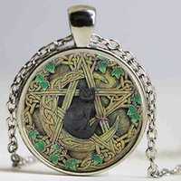 encanto de pentagrama wicca al por mayor-Venta al por mayor Cúpula de cristal colgante negro Wicca colgante collar Pentagrama Wiccan joyería Charm Necklace regalos para hombres y mujeres