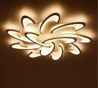lamba askıları toptan satış-Sıva Üstü Modern LED Tavan Işıkları Avize Oturma Odası Yatak Odası Için Beyaz / Siyah Avizeler Acrylice Abajur Lamba Aydınlatma LLFA