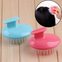Wholesale soft plastic material online - Silicone Material Round Suit Hand Comb Creative Soft Comfortable Massager Plastic Air Sac Relieve Itching Meridian Combs sd Z