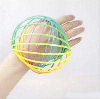 ingrosso braccio in plastica-Giocattolo di decompressione del cerchio di plastica dei bambini Arcobaleno Anello di flusso del braccio di anello Braccialetto morbido modello Toroflux Polsino magico Flowtoy 4 5bq W